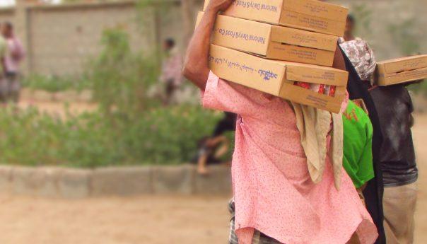 اختتمت جمعية وديان لتنمية المجتمع المرحلة الثالثة من تقديم المساعدات الغذائية الطارئة ضمن مشروع الاستجابة الطارئة في مديرية البريقة م /عدن